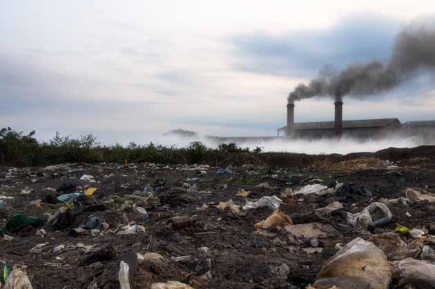 atividade industrial entre os danos ambientais causados pelo homem